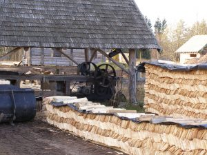 Puusaare ehitusplats Karilatsis